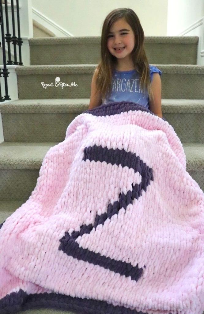 Loop Yarn Blanket - Repeat Crafter Me